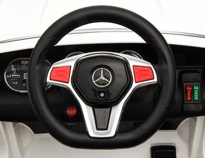 Accu Auto Mercedes GLA45 AMG Rood Metallic 12V 2,4G Lederen Stoel Rubber Banden-3