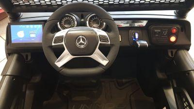 Accu Auto Mercedes Unimog 4X4 MP4-TV Mat Zwart 2 Persoons Rubber Banden-3
