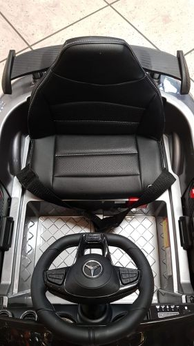 Accu Auto Mercedes AMG GTR 12V 2,4G Zwart Metallic 1Pers-3